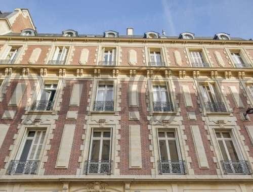 Bureaux Paris, 75016 - 19 RUE DE BASSANO - 10471789