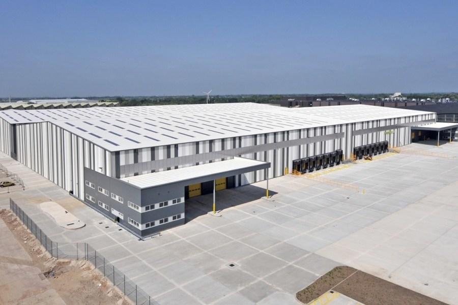 Industrial and Logistics Rent Leyland foto 3434 1