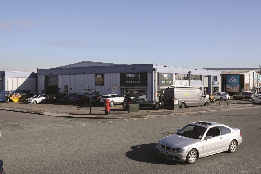 Industrial and Logistics Rent Trafford Park foto 471 4