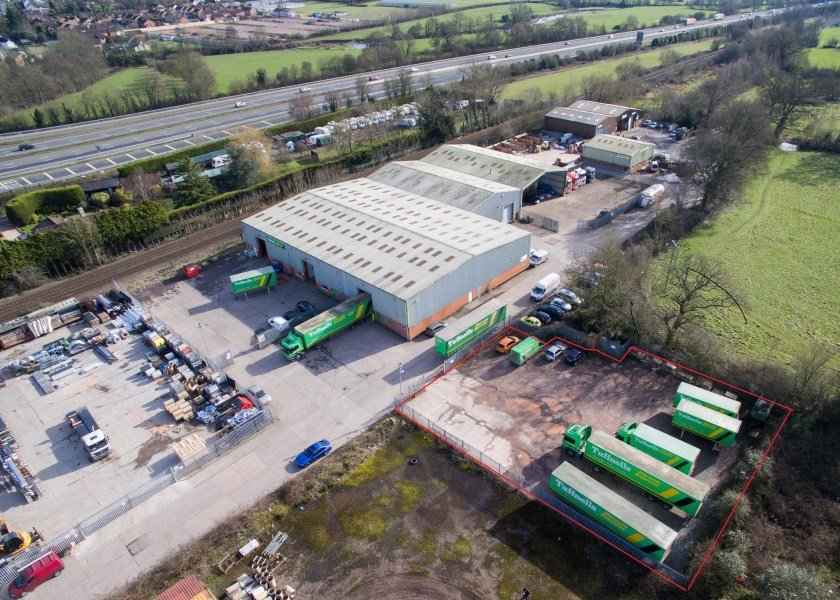 Industrial and Logistics Rent Cullompton foto 7851 1