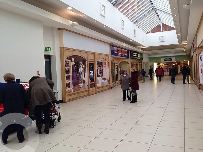 Retail Shopping Centre Rent Trowbridge foto 7833 1