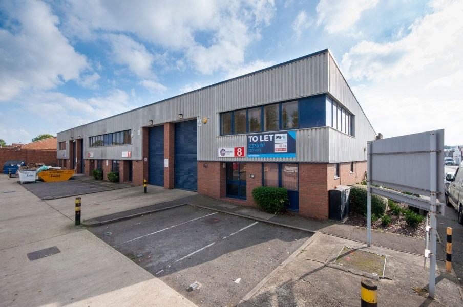 Industrial and Logistics Rent Slough foto 7726 4