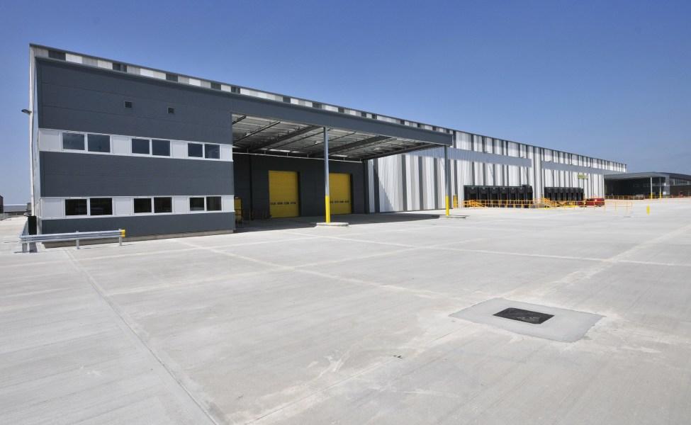 Industrial and Logistics Rent Leyland foto 3434 2