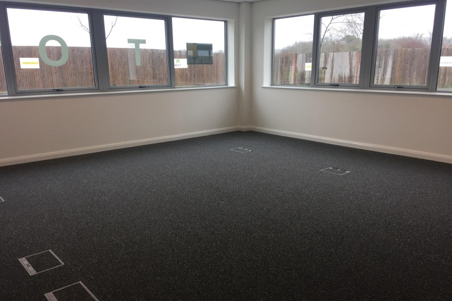 Office Rent Magor foto 3566 4