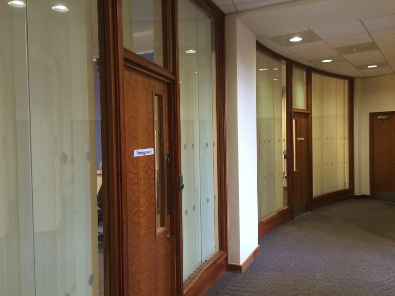 Office Rent Bridgend foto 2669 5