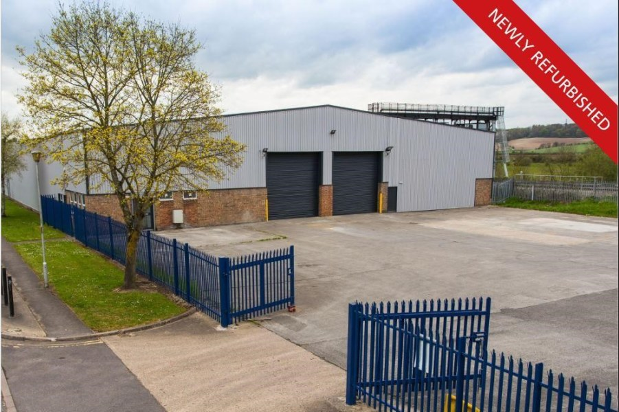 Industrial and Logistics Rent Reading foto 1037 1