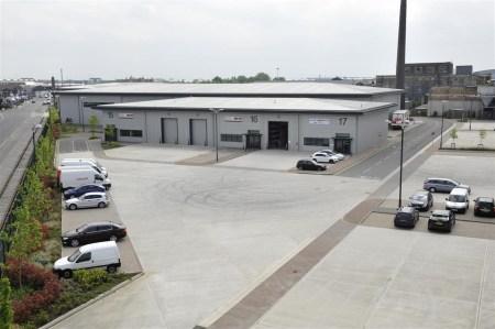 Industrial and Logistics Rent Trafford Park foto 3220 3