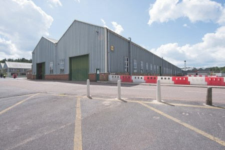 Industrial and Logistics Rent Bordon foto 1600 1