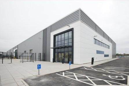 Industrial and Logistics Rent Bolton foto 7963 1