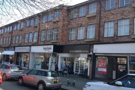 Retail High Street Rent Wilmslow foto 7870 1