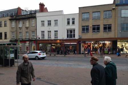 Retail High Street Rent Taunton foto 8138 1