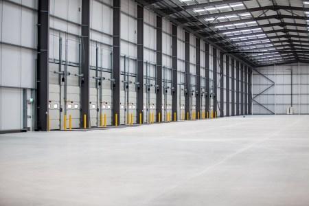 Industrial and Logistics Rent Bolton foto 995 7