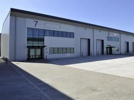 Industrial and Logistics Rent Trafford Park foto 3437 1