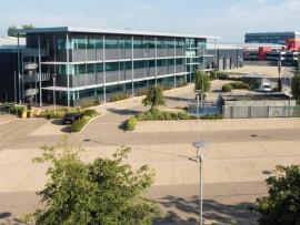 Industrial and Logistics Rent Heathrow foto 4434 1