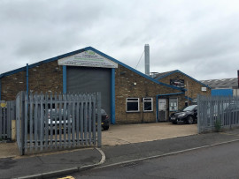 Industrial and Logistics Rent Poyle foto 6440 1