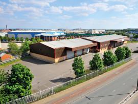 Industrial and Logistics Rent Trafford Park foto 735 1