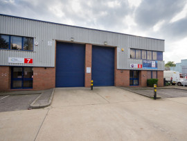 Industrial and Logistics Rent Slough foto 7726 1