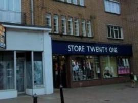 Retail High Street Rent Bromsgrove foto 8969 1