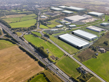 Industrial and Logistics Rent Bolton foto 995 1