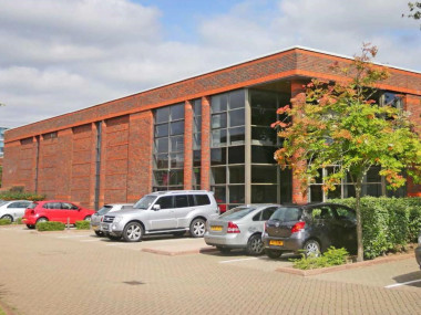 Industrial and Logistics Rent Wokingham foto 1033 1