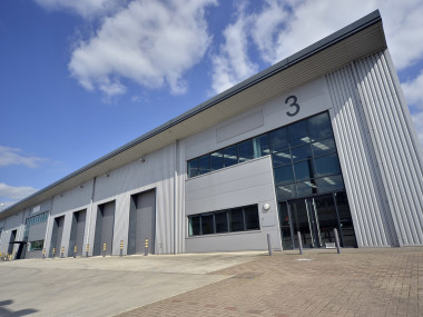 Industrial and Logistics Rent Trafford Park foto 3220 1