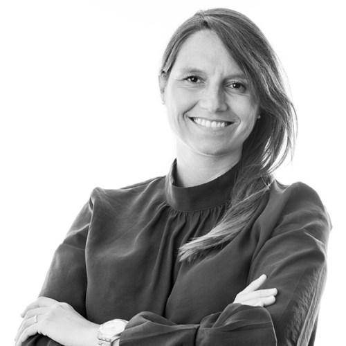 Silvina Lascano - Corredor de bienes raíces comerciales