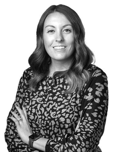 Laura Farrell - Commercial Real Estate Broker