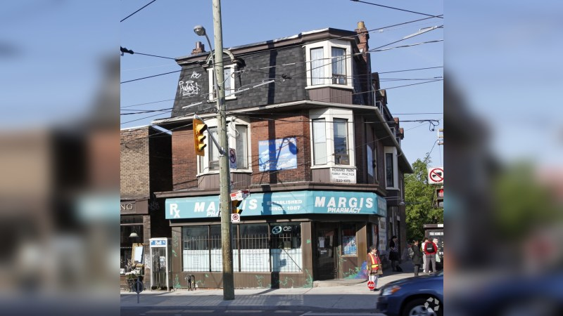 402, 404, 408 Roncesvalles Avenue - MixedUse - Sale
