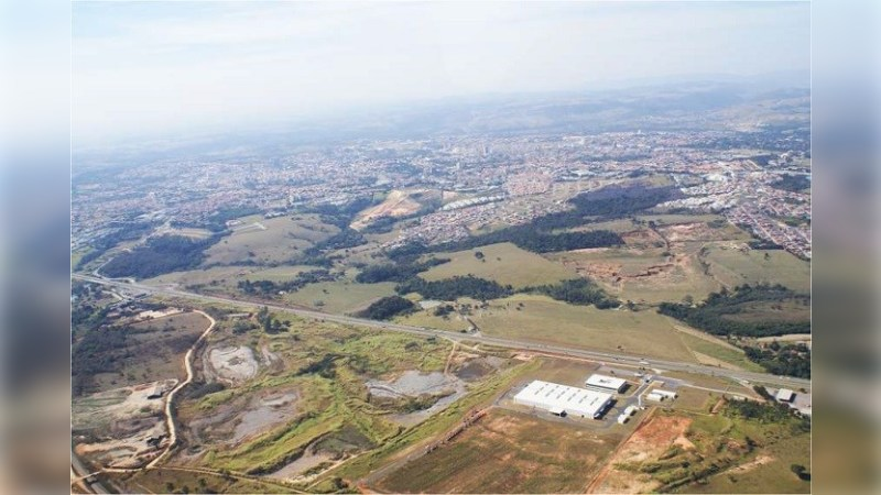 Área para Desenvolvimento em Itu - Land - Sale