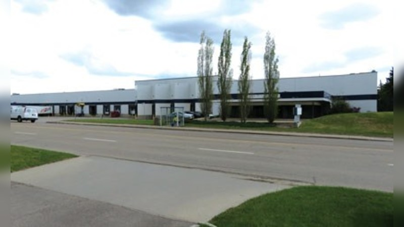 FOR LEASE - 178 Street Warehouse Facility - Industrial - Lease