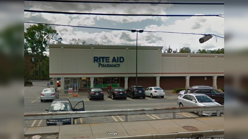 Walgreens 17696 - RIVER STREET - Waltham, MA - Retail - Lease