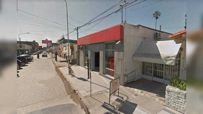 Local en Venta - Apto Sucursal Bancaria - Alternatives - Sale