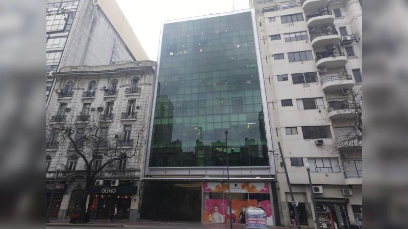 Av. Córdoba 1131 - Oficina en Alquiler - Office - Lease