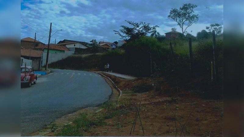 Terreno em Paraisópolis, MG - Land - Sale