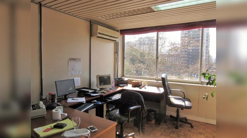 Oficina en Alquiler - Hipólito Yrigoyen 1628 - Office - Lease