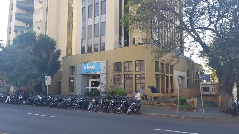 Edifício Comercial em Londrina - Office - Lease