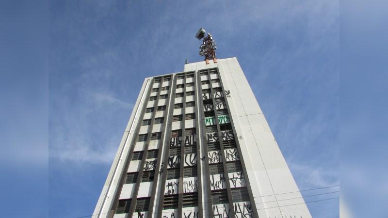 Edifício Comercial em Santana - Office - Lease