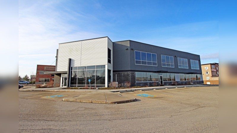 3595 114 Avenue SE - Office - Lease