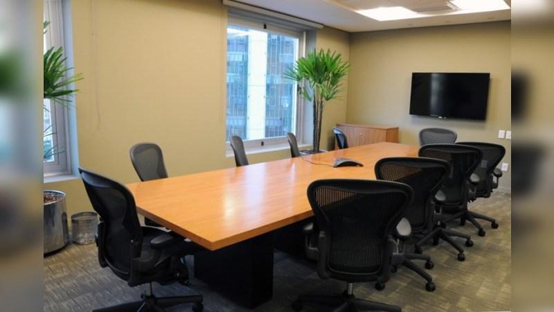 Amadeus Business Tower - Regus - Coworking - Lease