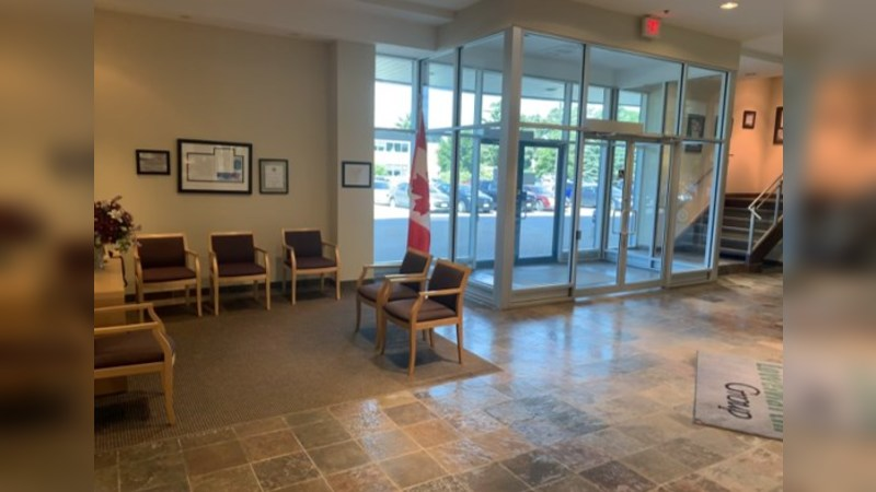Attractive Built out Office Space, 10,000 SF on 2nd Floor | 400 Hunt Club Road, Ottawa Ontario - Office - Sublease