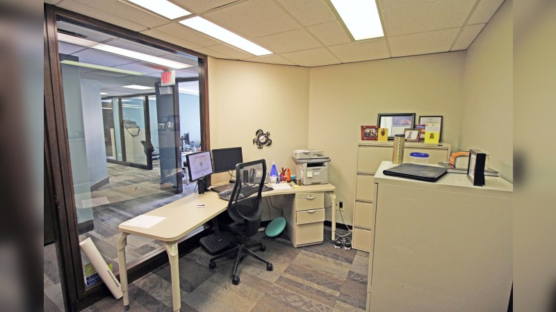 718 12 Avenue SW - Office - SaleLease