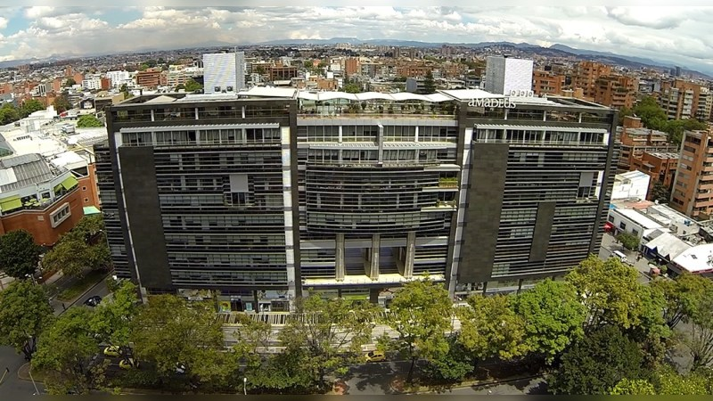 Amadeus - Local/Oficina en Arriendo - Office - Lease