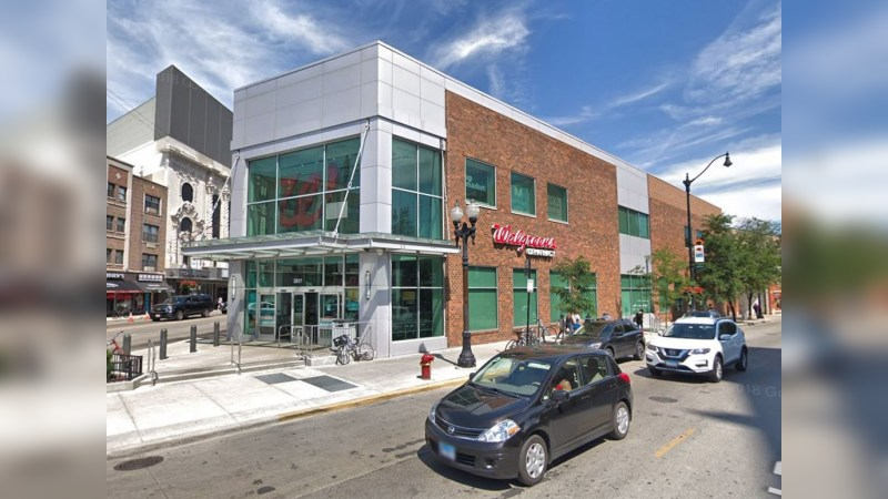 Walgreens 15281 - N CLARK ST - Chicago, IL - Retail - Lease