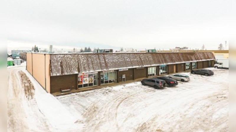 3851 - 21 Street NE, Bay D - Industrial - Lease