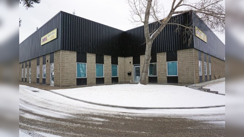3915 - 78 Avenue SE, Bay A - Industrial - Lease