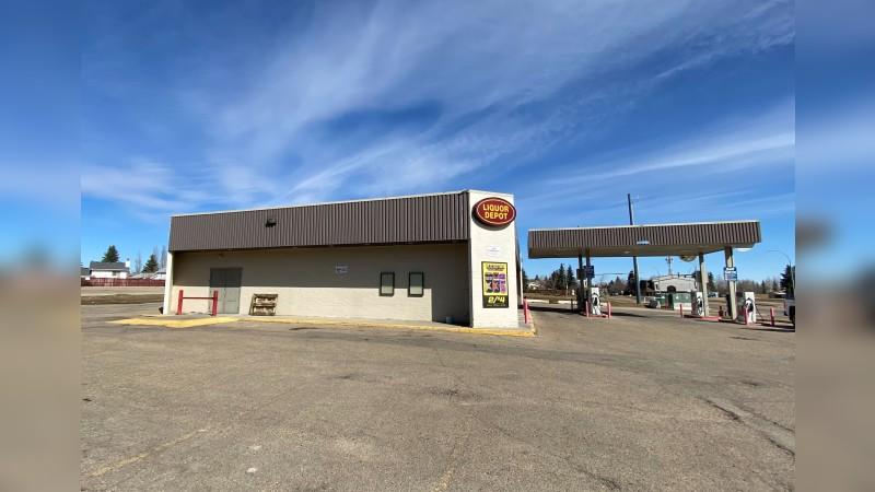 Former Land's Happy Mart - Retail - Sale