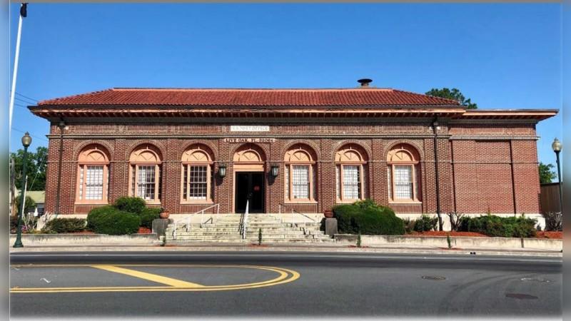 Live Oak, FL - Main Post Office - For Sale - Alternatives - Sale