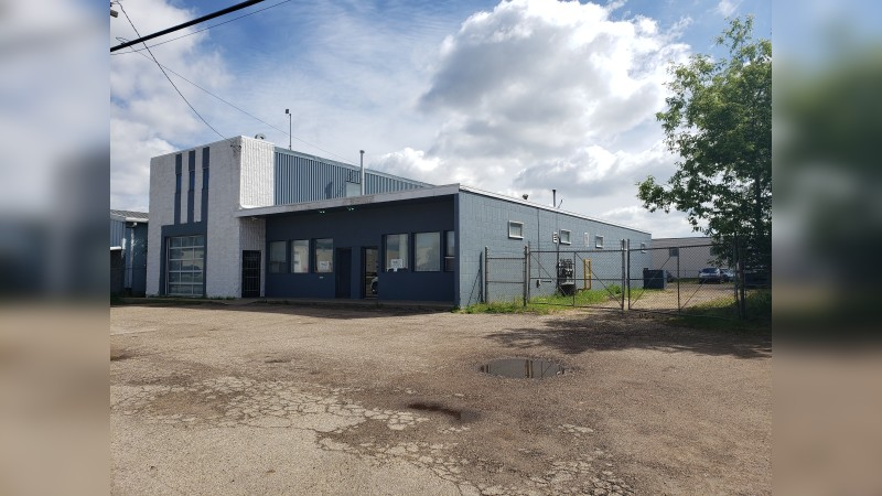 97 Street Freestanding Industrial Shop - Industrial - Sale