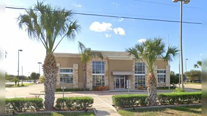 Bank site for sublease 7882901 - SHARY RD - Mission, TX - Retail - Sublease