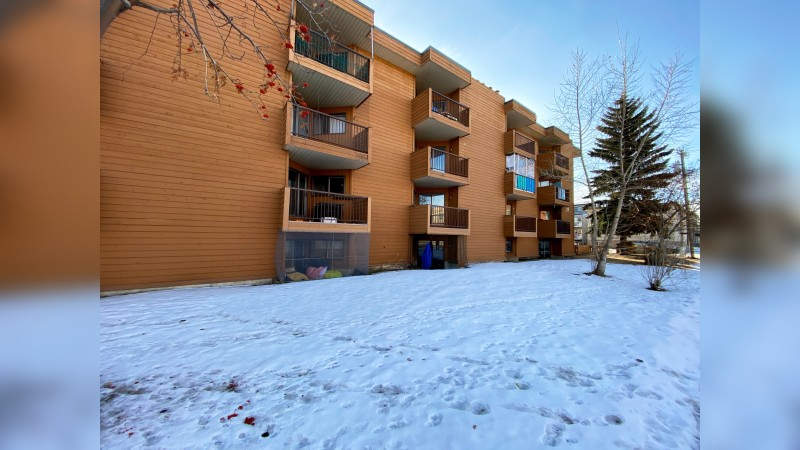 Royal Lady Manor - Multifamily - Sale